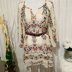 Jessica Simpson Floral Belted Top size Small